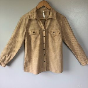 NY Collection Petite Tan Polka Dot Button Up Small